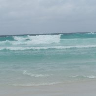 White sand, turquoise water, like a giant bubbly spa