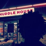 Shawty on some kinky shit but I only eat at Huddle House