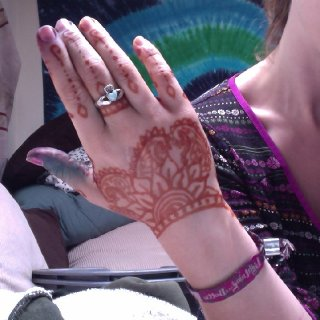 Beginning of my henna art portfolio. :)