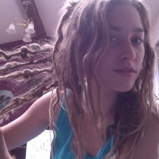 So I pretty much have loops on every dread; I think they'll round.>? :}