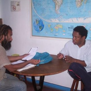 "During the year of 2006 , i maid a meting with a friend of muy to tried organized to ""Social Project """