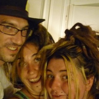 hat party inc. dreads