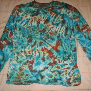 blue and orange scrunch longsleeve