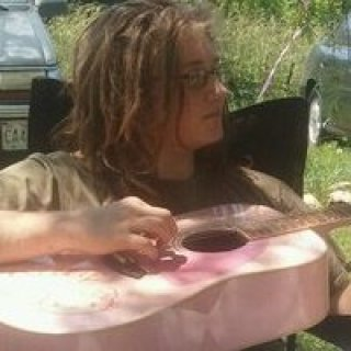 """my little cousin wanted me to sing her some """"b marley """" as she says on her helo kitty fender so i did"""