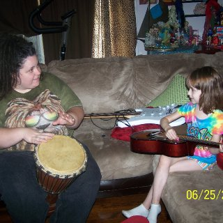 My niece Iza and I made a band while I was visiting down south... ;)