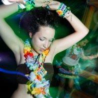 dancing to my favorite dj :)