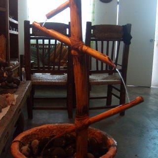 fuente de bambu ....arte ranasta