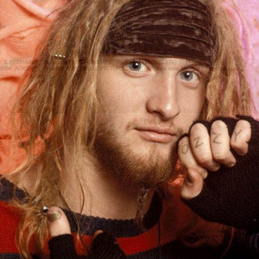 Layne Staley(alice in chains) when he natural dreads. RIP