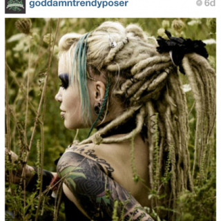 I had to post this pic was amazing....has to be one of my favorite dread pics of all times. This dready pic came from instagram application. Its a great complement to dreadlockssite. Like pics, get liked, comment and make friends...@kelseycliche and @ charliefox will tell you its great!