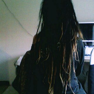 Mostly the top layer of my hair shrunk but overall I lost 6 inches+ Miss my long hair but love my baby dreads!