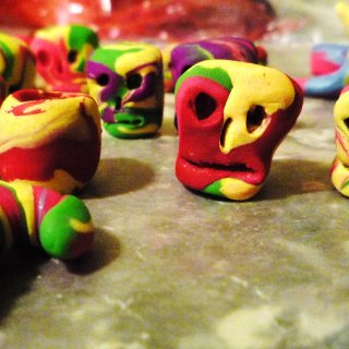 Made some more dread beads and just regular beads to make jewelry with all handmade by me using polymer clay.