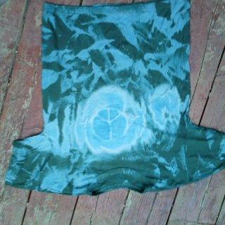 Reverse tie-dye