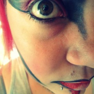 This is just a little bit of makeup art that I did today.