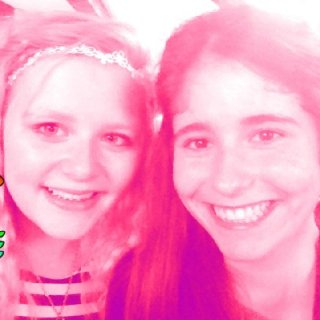me and one of my best friends at a birthday party. WITH STRAIGHT HAIR :| i wan dreadlocks so bad:(