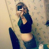 8 weeks baby bump.