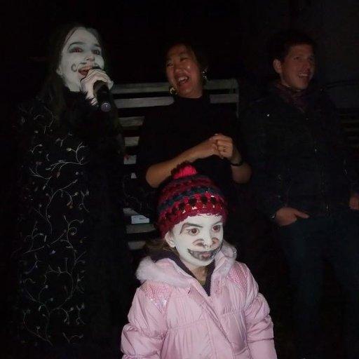 Dali dreads halloween karaoke
