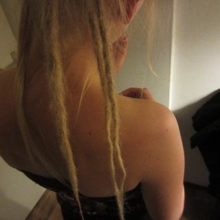 my first 3 dreads again... still happy eith them!