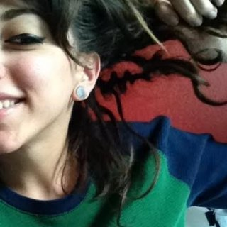 There it is! My loopiest dreadlock!!