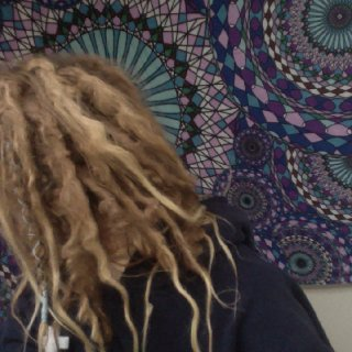 Curlyyyyy Q dreadies