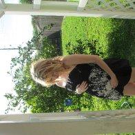 23 weeks pregnant & 44 week old dreadies <3