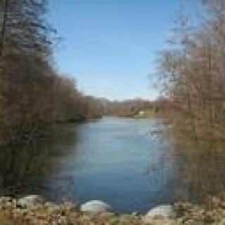 A beautiful view of the lake in Sharon Woods