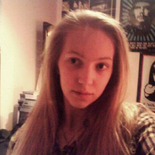 Well that's me ! Ehm I'm still wondering if I should get dreads so you can tell if it would be good for me !