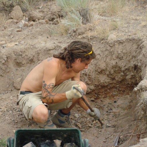 Tate digging