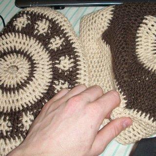 2 wool tams