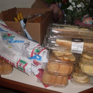 I dont really eat bread..but alot of people do!...this was gotten all through a lil dumpster digging..