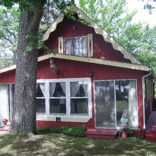 cottage in houghton lake Mi