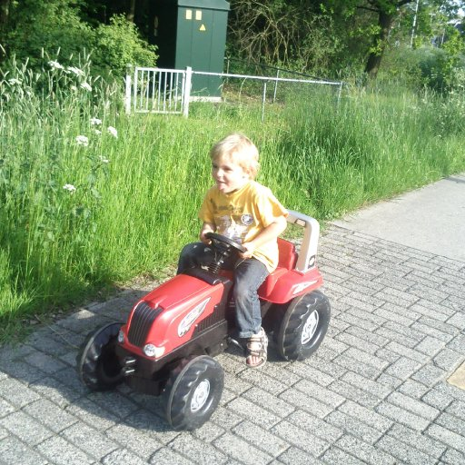 mika and his tracktor