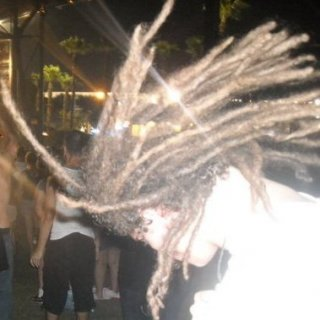 saw alot of people with dreadlocks there this year, :)