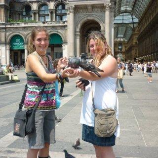 pigeon ladies d