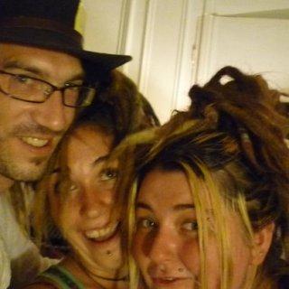 hat party inc. dreads