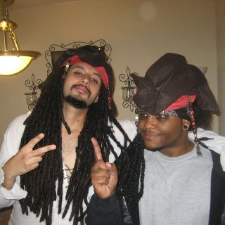 Easiest costume to pull off when you have the locks. Although this year I'm not being a pirate anymore !! haha