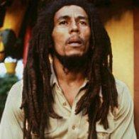 bio_1 Bob Marley2