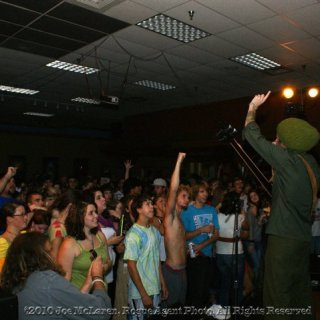 Skip Wicked from Indubious pon de mic. http://fbook.me/indubious http://www.indubiousmusic.com