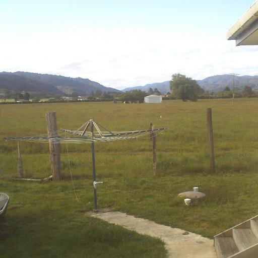 Ma bak yard in ma home ground